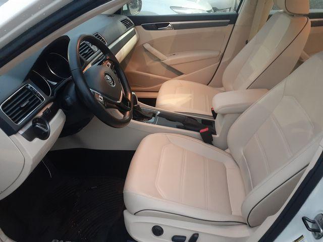 2017 Volkswagen Passat R-Line w/Comfort Pkg Los Angeles, CA 9