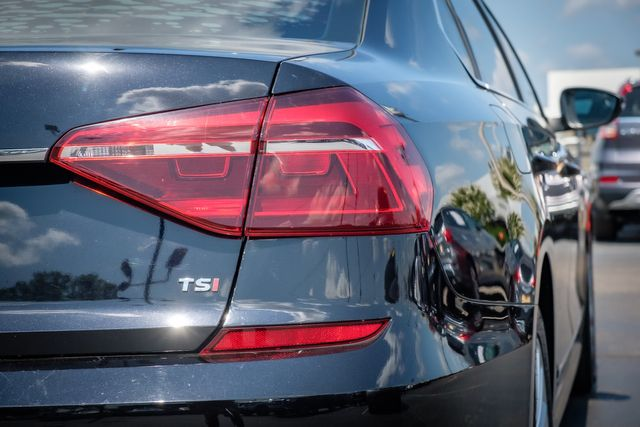 2017 Volkswagen Passat 1.8T SE in Memphis, TN 38115