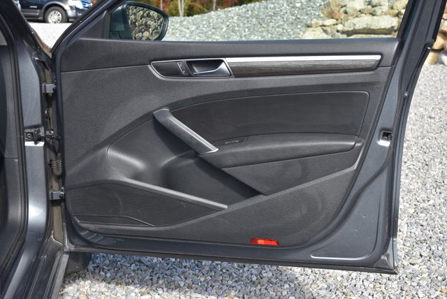 2017 Volkswagen Passat 1.8T SE Naugatuck, Connecticut 10