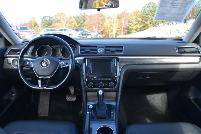 2017 Volkswagen Passat 1.8T SE Naugatuck, Connecticut 14