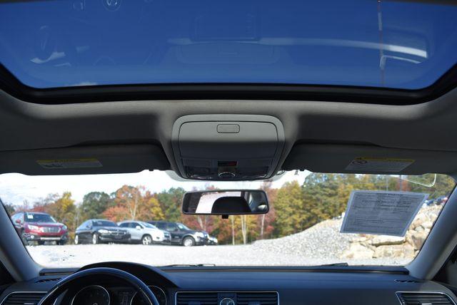 2017 Volkswagen Passat 1.8T SE Naugatuck, Connecticut 16