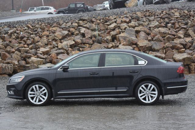 2017 Volkswagen Passat V6 SEL Premium Naugatuck, Connecticut 1