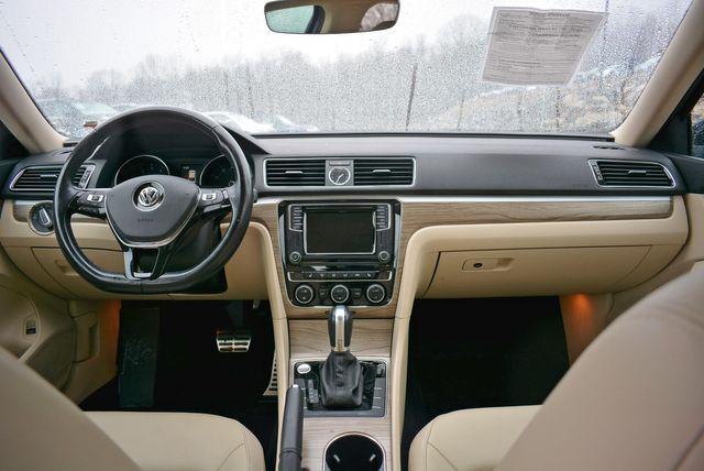 2017 Volkswagen Passat V6 SEL Premium Naugatuck, Connecticut 16