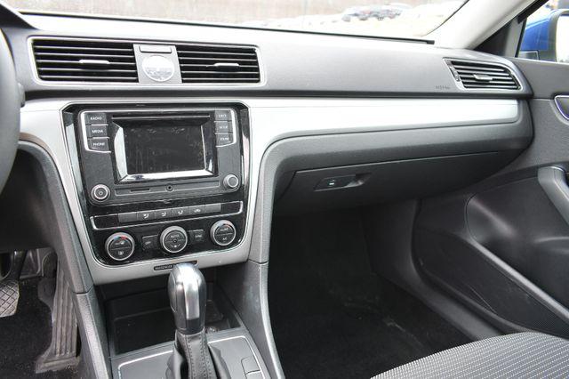 2017 Volkswagen Passat 1.8T S Naugatuck, Connecticut 21