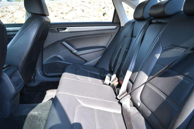 2017 Volkswagen Passat R-Line w/Comfort Pkg Naugatuck, Connecticut 14