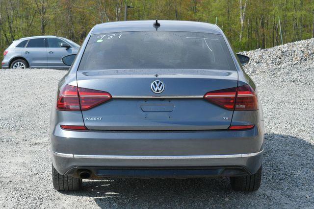 2017 Volkswagen Passat R-Line w/Comfort Pkg Naugatuck, Connecticut 3