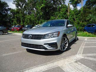 2017 Volkswagen Passat R-Line w/Comfort Pkg SEFFNER, Florida 5