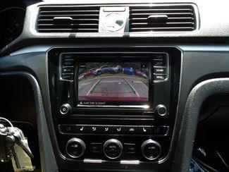 2017 Volkswagen Passat R-Line w/Comfort Pkg SEFFNER, Florida 30