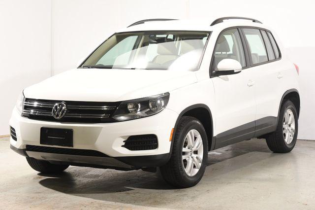 2017 Volkswagen Tiguan S w/ Leather & Heated Seats