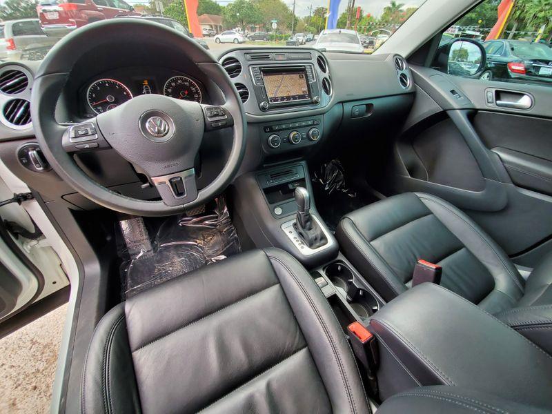 2017 Volkswagen Tiguan Sport  Brownsville TX  English Motors  in Brownsville, TX