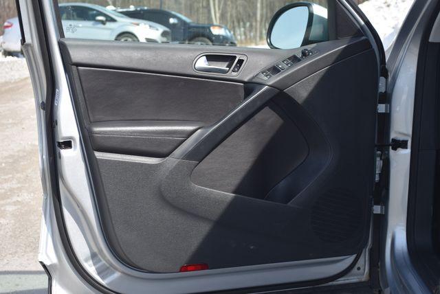 2017 Volkswagen Tiguan S Naugatuck, Connecticut 12