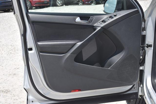 2017 Volkswagen Tiguan Sport Naugatuck, Connecticut 11