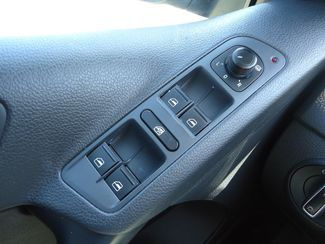 2017 Volkswagen Tiguan 2.0T LEATHER. CAMERA. HTD SEATS SEFFNER, Florida 28