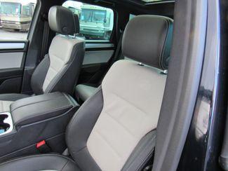 2017 Volkswagen Tourareg Wolfsburg Edition Bend, Oregon 10
