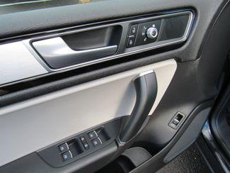 2017 Volkswagen Tourareg Wolfsburg Edition Bend, Oregon 12