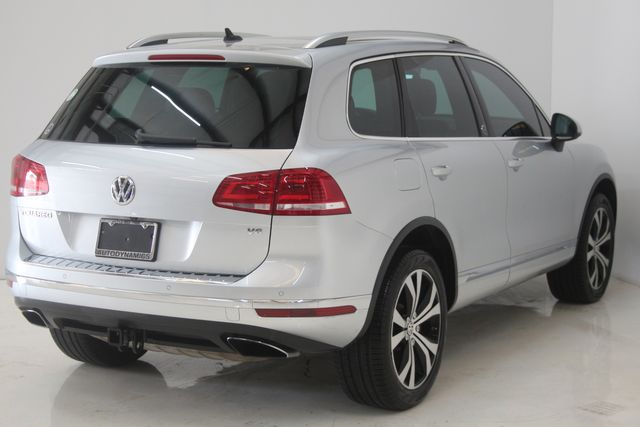 2017 Volkswagen Touareg(Certified till April 2022) Wolfsburg Edition Houston, Texas 6