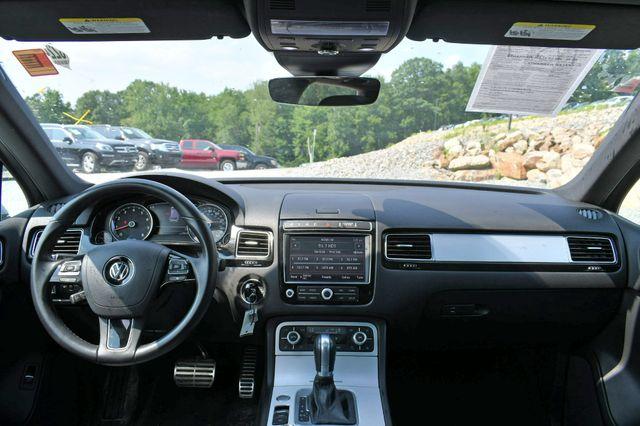 2017 Volkswagen Touareg Wolfsburg Edition Naugatuck, Connecticut 17