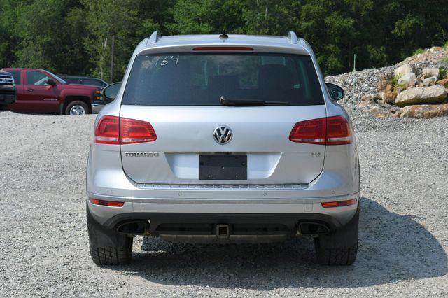 2017 Volkswagen Touareg Wolfsburg Edition Naugatuck, Connecticut 5