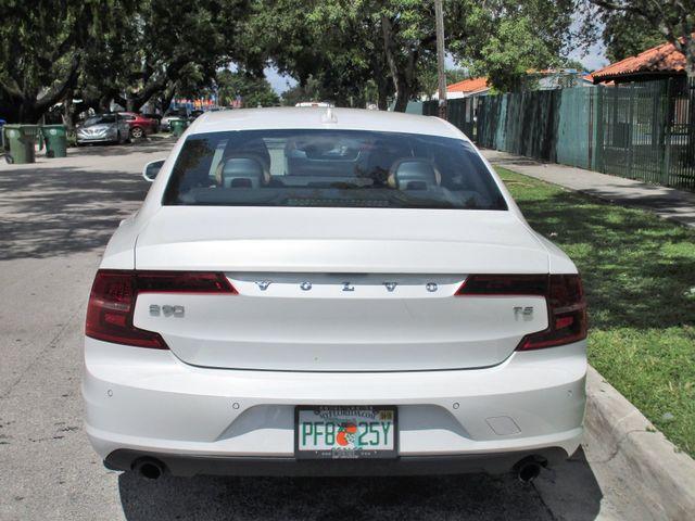 2017 Volvo S90 Momentum Miami, Florida 6