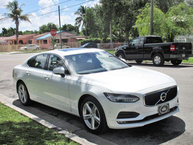 2017 Volvo S90 Momentum Miami, Florida 9