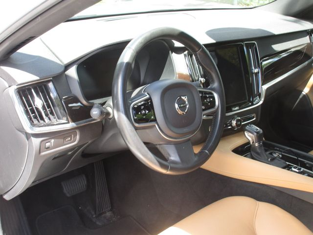 2017 Volvo S90 Momentum Miami, Florida 12