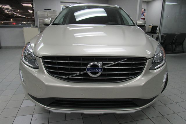 2017 Volvo XC60 Inscription W/ NAVIGATION SYSTEM/ BACK UP CAM Chicago, Illinois 1