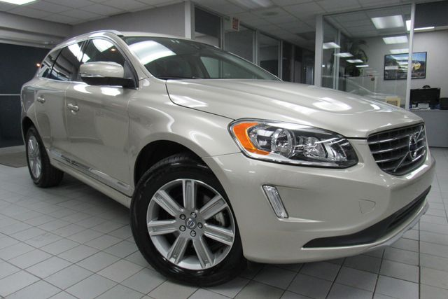 2017 Volvo XC60 Inscription W/ NAVIGATION SYSTEM/ BACK UP CAM Chicago, Illinois