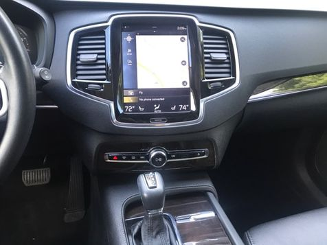 2017 Volvo XC90 AWD T6 Momentum  | Malvern, PA | Wolfe Automotive Inc. in Malvern, PA
