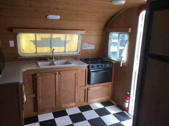 2017 Riverside Rv Retro 199FKS Mandan, North Dakota 6