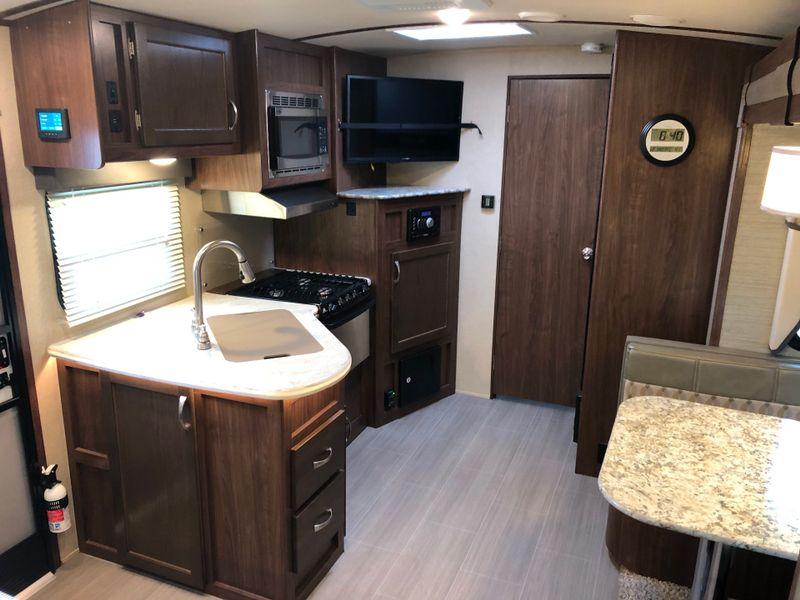 2018 Aerolite 213RBSL Luxury Class  in Phoenix, AZ