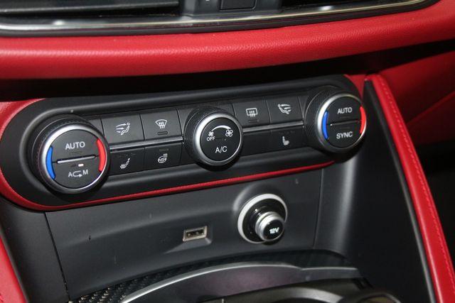 2018 Alfa Romeo Stelvio Quadrifoglio Houston, Texas 44