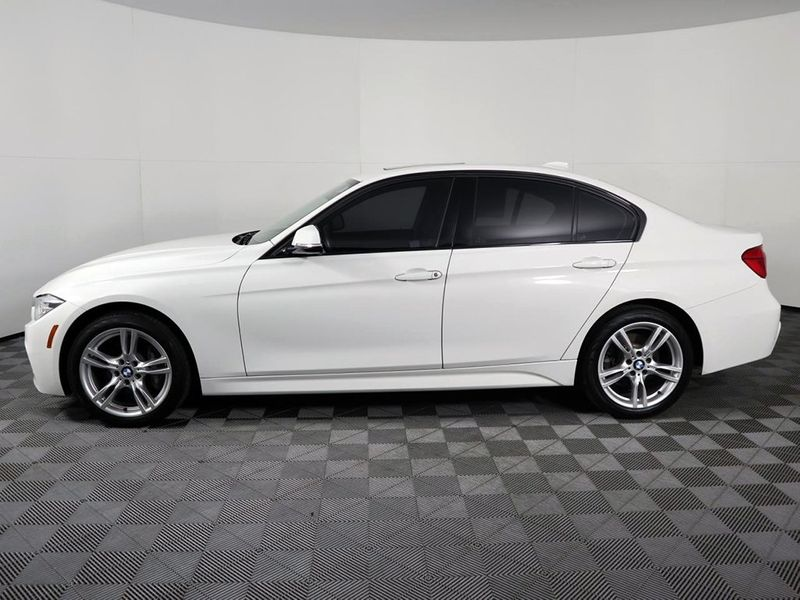 2018 BMW 330i xDrive 330i xDrive  city Ohio  North Coast Auto Mall of Cleveland  in Cleveland, Ohio