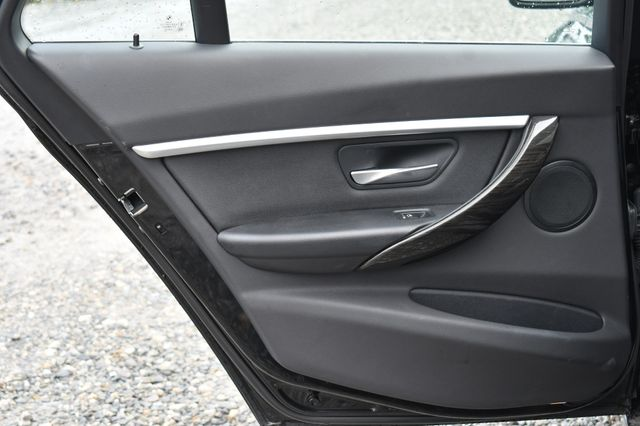 2018 BMW 330i xDrive Naugatuck, Connecticut 12