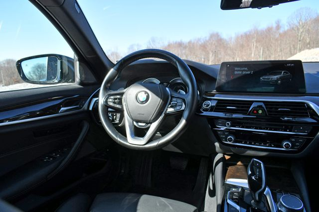 2018 BMW 530e xDrive iPerformance Naugatuck, Connecticut 17