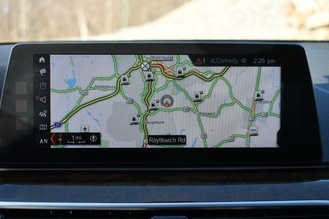 2018 BMW 530e xDrive iPerformance Naugatuck, Connecticut 25