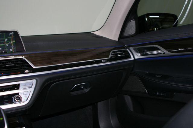 2018 BMW 740i Houston, Texas 17