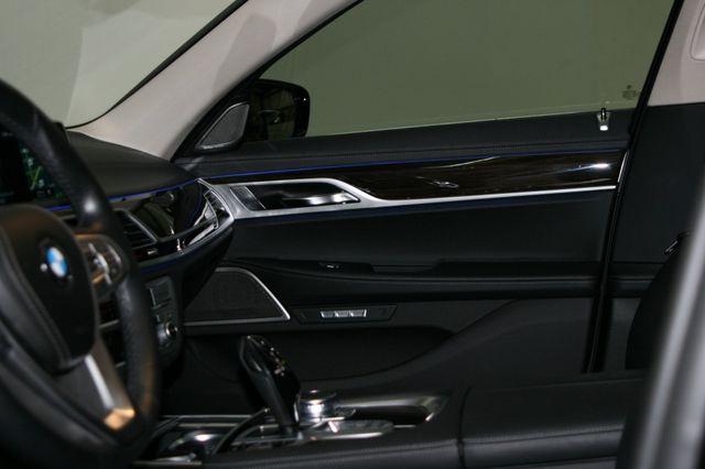 2018 BMW 740i Houston, Texas 26
