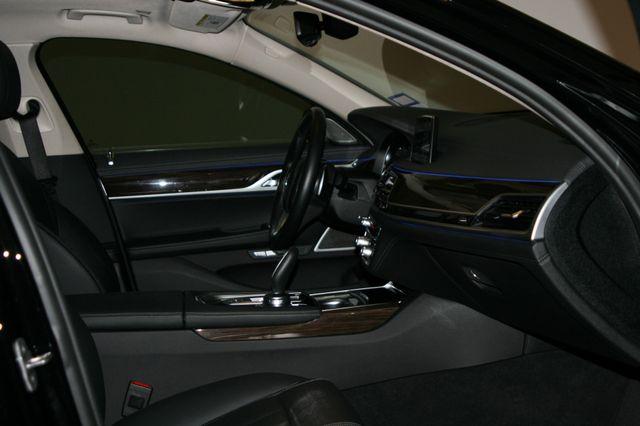 2018 BMW 740i Houston, Texas 28