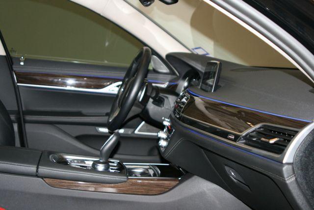 2018 BMW 740i Houston, Texas 30