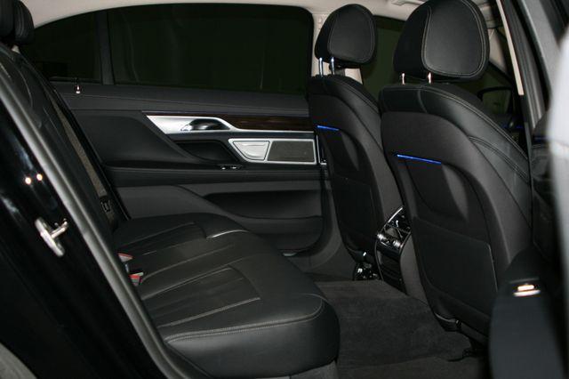 2018 BMW 740i Houston, Texas 36