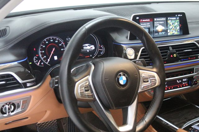2018 BMW 740i Houston, Texas 13