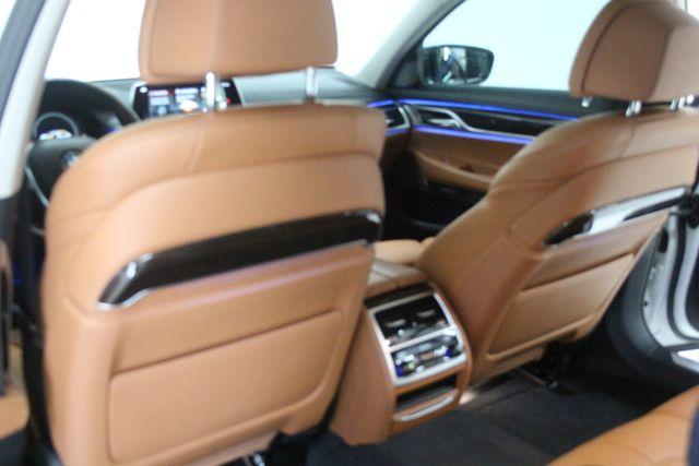2018 BMW 740i Houston, Texas 23
