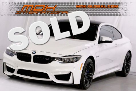 2018 BMW M4  - Manual - Executive - LED lights - Carbon roof in Los Angeles