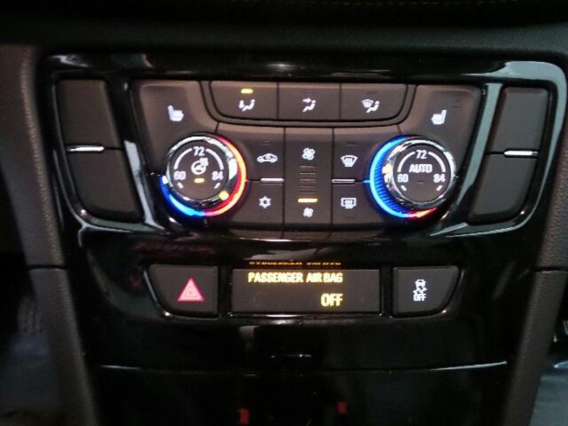 2018 Buick Encore Essence  in Victoria, MN