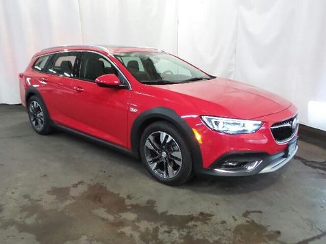 2018 Buick Regal TourX Essence in Victoria, MN