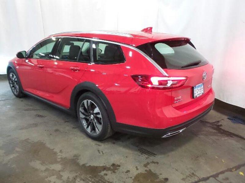 2018 Buick Regal TourX Essence  in Victoria, MN