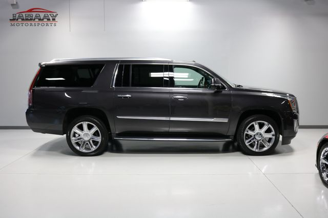 2018 Cadillac Escalade ESV Luxury Merrillville, Indiana 47