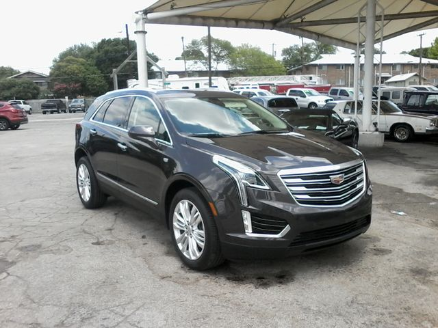 2018 Cadillac XT5 Premium Luxury FWD Boerne, Texas 3