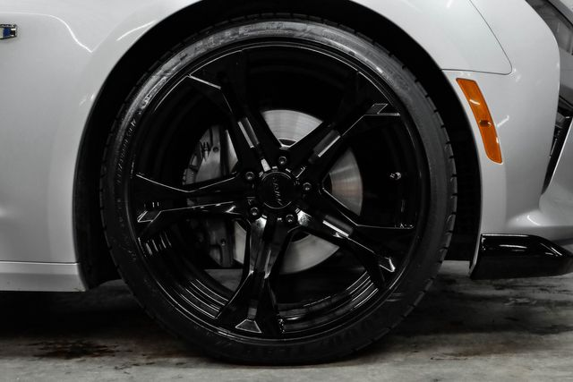 2018 Chevrolet Camaro 1SS 1LE Wheels in Addison, TX 75001