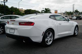 2018 Chevrolet Camaro LT Hialeah, Florida 4